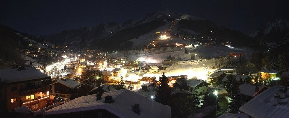 La Clusaz magical night